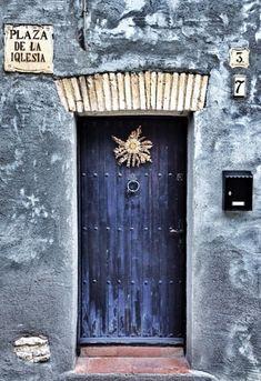 Plaza de l Iquesia - #37 - Renau, Tarragona, Spain