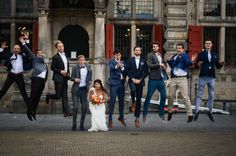 (c) ingephotography.nl   love, wedding photography, photoshoot, wedding, family photoshoot, friends, family, delft, jumping, crazy, funny