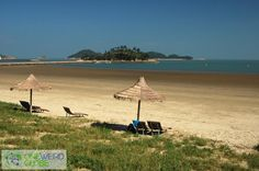 Wonpyeong Beach and Bigeum-do - one of the most remote beaches on the #24beaches list is over 50 kilometers from Korea's southern coast! The reward: a truly isolated, remote place all to yourself. http://www.oneweirdglobe.com/december-18th-wonpyeong-beach-bigeum-southern-coast-south-korea/