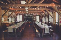 This cabin in the forest is such a cozy place for a wedding reception    Photo by Terra Lange Photography via june.bg/1qKHSED