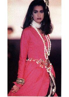 Yasmeen Ghauri au défilé Chanel en 1990