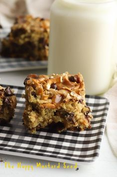 Everything But The Kitchen Sink Cookie Bars #dessert #recipe Healthy Dessert Recipes, Easy Desserts, Cookie Recipes, Delicious Desserts, Yummy Food, Kid Recipes, Frozen Desserts, Yummy Recipes, Baking Recipes