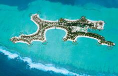 luxury hotel in the middle of the Indian Ocean