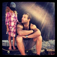 So sweet - I didn't know he was their godfather. Jai Courtney with his godchildren Jesse & Indi Whitfield (Andy Whitfield's kids)♥