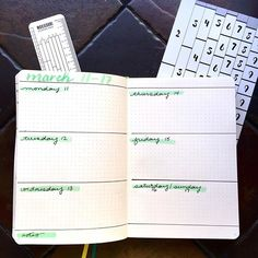 Super simple horizontal weekly for all of the tasks. Bullet Journal Christmas, Bullet Journal Notes, Bullet Journal Spread, Tombow Markers, Alcohol Markers, Journal Layout, Journal Pages, Uppercase Cursive, Bullet Journal Stencils