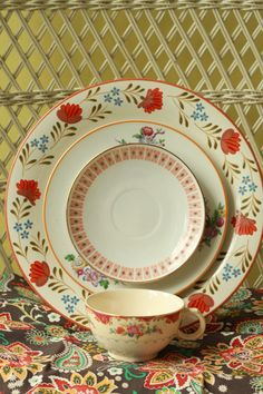 5 Piece Vintage Mismatched China Place Setting Vintage Tea Party Wedding China B1090