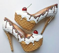 2 of my favorite things... shoes and ice cream!!