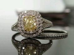 Vintage canary ring