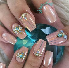 """Which Nail Art To Choose For Ballerina Nails Or The So-Called """"Coffin Nails"""" Manicure? - Which Nail Art To Choose For Ballerina Nails Or The So-Called """"Coffin Nails"""" Manicure? Nail Art Glamour, Short Nails, Long Nails, Nail Art Original, Coffin Nails, Acrylic Nails, Faux Ongles Gel, Nailart, Golden Nails"""