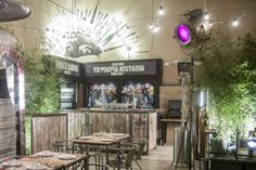 Saporem (Madrid)Es un lugar cosmopolita -de 100 m2- perfecto para  tomar el brunch los fines de semana o acabar la comida con una buena bebida. Ventura de la Vega, 3