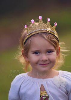 Pinkalicious Crown,Pinkalicious Headband,Pinkalicious Birthday Crown,birthday Pinkalicous,birthday g Make A Crown, Diy Crown, Birthday Woman, Diy Birthday, Birthday Crowns, Birthday Outfits, Funny Birthday, Birthday Ideas, Happy Birthday