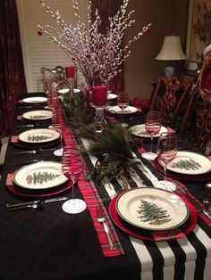 Christmas 2013 Spode table. My daughter has such good ideas