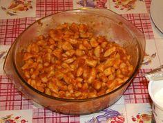Hozzávalók:     Négy személy részére 50 dkg héjában főtt burgonya, 25 dkg liszt, 1 nagy evőkanál búzadara, 1 nagy tojás, csi...