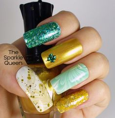 St. Patrick's Day Water Marble Nail Art Tutorial