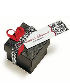 add faux jewels to wedding favor boxes or wedding table decorations to impress guests. very HOLLYWOOD MOVIE GLAM** Diamond Wedding Theme, Bling Wedding, Wedding Pins, Diy Wedding, Wedding Ideas, Diamond Theme, Wedding Stuff, Wedding Reception Centerpieces, Wedding Table Decorations