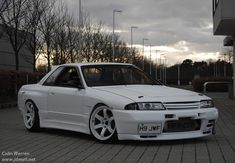 John posted up some sweet photos of his on the forums yesterday. The car has gone under some extensive bodywork repairs after an accident at a Crail Nissan Skyline Gtr R32, Nissan R32, R32 Skyline, R32 Gtr, Tuner Cars, Jdm Cars, Classic Japanese Cars, Modified Cars, Custom Cars
