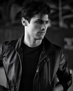 (FC Matthew Daddario) Julian Winters is a Royal guard of the palace. He's 23 and been a Royal guard for a couple years now. He's been trained in hand to hand combat and knows how to use a variety of weapons. He makes sure that the royal family are well protected from any revolutionaries who are out there to cause harm to them. Julian is a pretty relaxed guy but when it comes to his job, he's serious, level headed and keeps a cool and calm demeanour. No doubt you'll see him around.