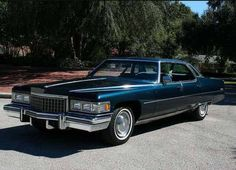 The last true big Cadillac. I loved these models. When they downsized in I really didn't start liking Cadillacs again until the w. Cadillac Ats, Cadillac Eldorado, Cadillac Fleetwood, General Motors, 70s Cars, Retro Cars, Donk Cars, Car Advertising, Chevrolet Corvette