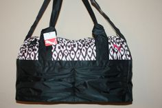 WOMENS-PUMA-DUFFEL-20-BLACK-WHITE-PINK-GYM-BAG-LIGHT-WEIGHT-ULTRA-CUTE