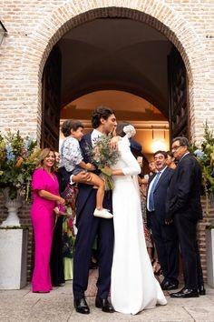 Wedding Styles, Wedding Ideas, Bridesmaid Dresses, Wedding Dresses, Just Married, Celebrity Weddings, Special Occasion, Wedding Photography, Celebrities