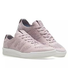 A silhouette from the original court collection, New Balance's 300 ischaracterised by its retro design details, fit, stability and durability. Casual Sneakers, Sneakers Fashion, High Top Sneakers, Adidas Sneakers, Ebay Sneakers, E Bay, Retro Design, New Balance, Men's Shoes