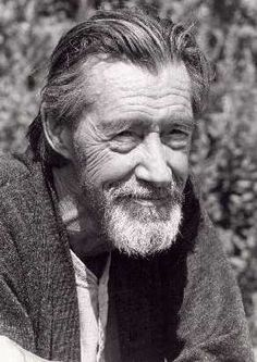"John Carradine - He played Moses's brother, Aaron, in the movie ""The Ten Commandments"" and had many roles in horror movies. John Carradine has three sons who are actors too. Epic Film, Film Movie, Hollywood Men, Classic Hollywood, John Carradine, Lon Chaney Jr, Yul Brynner, California Coast, Actor"
