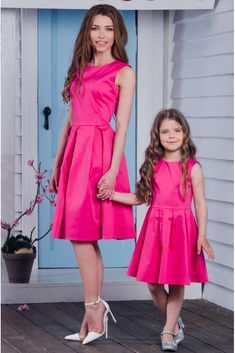 Customization orders, WhatsApp us on Mother Daughter Pictures, Mother Daughter Fashion, Mom Daughter, Mommy And Me Dresses, Little Girl Dresses, Girls Dresses, Mommy And Me Shirt, Combo Dress, Kids Frocks