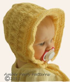 This is one of the cutest baby bonnets ever! Looks like a bonnet baby Carrie would wear on Little House on the Prarie!