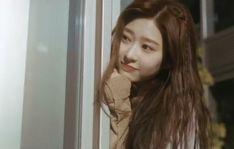 Japanese Girl Group, Kim Min, Meme Faces, Cute Pictures, Kpop, Long Hair Styles, Beauty, Beautiful, Twitter