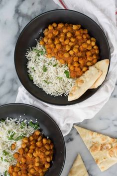 Slow Cooker Vegan Chana Masala. Chickpeas cooked in a fragrant, spiced tomato sauce. Make in the morning for dinner at night! Vegan and Gluten-Free   www.delishknowledge.com
