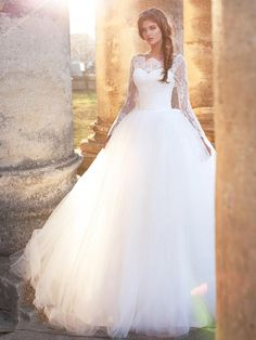 I found some amazing stuff, open it to learn more! Don't wait:http://m.dhgate.com/product/romantic-puffy-ball-gown-wedding-dresses/390164163.html
