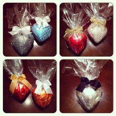 Ovos em formato de coração. http://docesdcoracao.wix.com/docesdcoracao