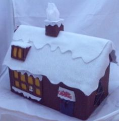 felt christmas house tissue box...could cut up a cereal box for parts...tute...