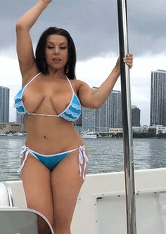 Tits On Boat 101