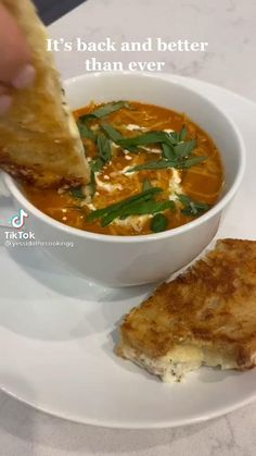 Tomato Soup Recipes, Healthy Soup Recipes, Veggie Recipes, Vegetarian Recipes, Dinner Recipes, Cooking Recipes, Healthy Foods, Soup And Sandwich, I Love Food