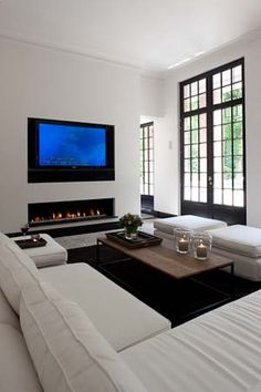 30 Ways To Decorate The TV wall - ekstrax Linear Fireplace, Modern Fireplace, Fireplace Design, Fireplace Windows, Fireplace Wall, Living Room Decor, Living Spaces, Muebles Living, Design Moderne