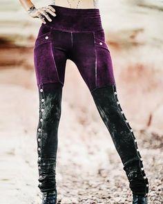 Sheath Floral-Print Vintage Legging Pants – Prilly casual pants pants desigh pants for women women bottoms pants Tribal Leggings, Leggings Are Not Pants, Hot Pants, Black Leggings, Retro Outfits, Cool Outfits, Crazy Pants, Tie Dye Pants, Tie And Dye