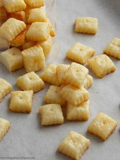 Homemade Cheez-Its; Fresh & Flaky Cheesiness... So Much Nicer Than The Boxed Version! Via Shopgirl