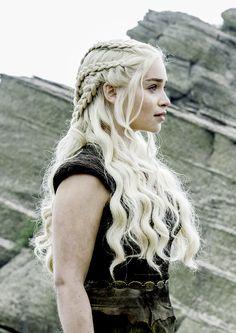 Daenerys Targaryen du typhon, L'imbrûlée, briseuse de chaine, mère des dragons - Game of thrones