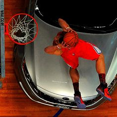 Blake Griffin dunk contest---- over a car!!!