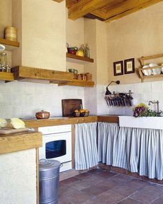 41 The Secret Truth on Top Ideas to Get Boho Style Kitchen Exposed - decorincite Rustic Room, Rustic Kitchen, Country Kitchen, Kitchen Decor, Kitchen Interior, Interior Design Living Room, Pastel Kitchen, Moraira, Style Rustique