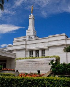 The San José Costa Rica Temple was dedicated in 2000 and is the only temple in Costa Rica. #ShareGoodness #LDS #CostaRica
