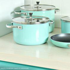 2 & 4 Quart Sauce Pans Turquoise