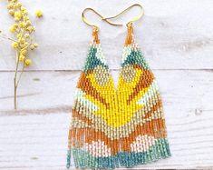 Beaded Jewelry by PoppyMaven on Etsy Beaded Tassel Earrings, Seed Bead Earrings, Fringe Earrings, Seed Beads, Beaded Jewelry, Bead Embroidery Jewelry, Beaded Embroidery, Cream Earrings, Fall Jewelry