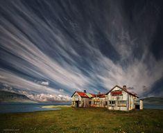 30 Stunning and Beautiful Clouds Photos - Unusual Cloud Formation | Read full article: http://webneel.com/beautiful-clouds-photos-formation | more http://webneel.com/photography | Follow us www.pinterest.com/webneel
