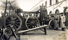 German 21 cm Mörser M99 being prepared for transport.  Note the wagon with crane for lifting the gun barrel from its carriage.  This photo is likely pre-war and shows training in garrison.