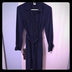 100% silk Jcrew black label shirt dress Navy silk shirt dress with belt from Jcrew.  A chic wardrobe staple that works year round. Some wear on one seam on the back under the collar (shown in last pic) J. Crew Dresses