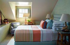 S.R. Gambrel bedroom in Nantucket