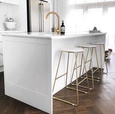 We know you love Kmart homewares so we've searched the internet for the BEST Kmart hacks of all time to freshed up any interior. Kitchen Stools, Kitchen Decor, Bar Stool Makeover, Kmart Decor, Laundry Shelves, Metal Bar Stools, Home Organisation, Minimalist Furniture, Shabby Chic Kitchen