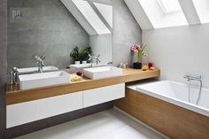 Attic Bathroom, Bathroom Layout, Bathroom Interior, Small Apartment Decorating, Apartment Design, Loft Room, Dream Apartment, Small Apartments, New Homes
